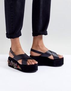 Черные сандалии на плоской платформе с вышивкой Glamorous - Черный