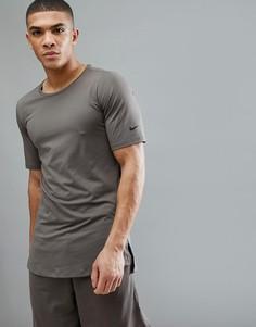 Коричневая приталенная футболка Nike Training AA1591-202 - Зеленый