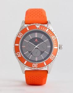 Оранжевые часы с резиновым ремешком и контрастным безелем ASOS - Оранжевый