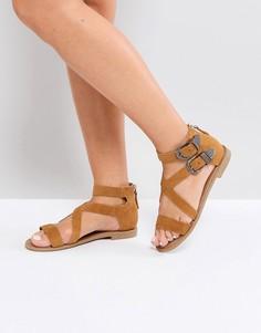 Замшевые сандалии с помпонами Steve Madden Miko - Рыжий