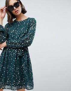 Короткое приталенное платье в горошек Vero Moda - Зеленый