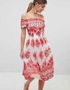 Кружевное платье с вышивкой Chi Chi London Premium - Мульти