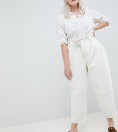 Белые джинсы бойфренда с присборенным поясом и веревочным ремнем ASOS DESIGN Curve - Белый