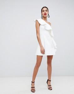 Платье-трапеция мини на одно плечо с оборкой ASOS DESIGN - Белый