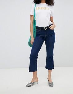 Укороченные расклешенные джинсы New Look - Синий