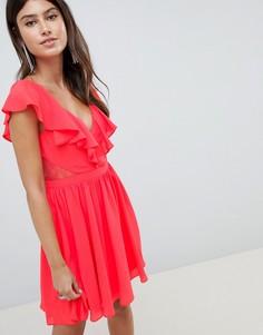 Платье мини с кружевной вставкой и оборками ASOS DESIGN - Красный