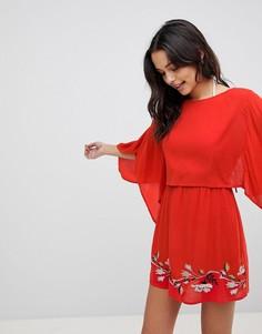 Пляжное платье с вышивкой и разрезом на спине ASOS - Красный