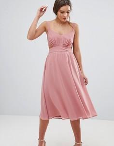 Платье миди на бретельках с вырезом ASOS - Розовый