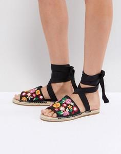 428067072 Купить женская обувь с вышивкой в интернет-магазине Lookbuck
