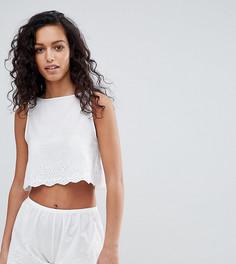 Пижамный комплект с шортами и вышивкой ришелье Wolf & Whistle - Белый