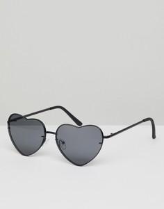 Черные солнцезащитные очки в форме сердца ASOS DESIGN - Черный