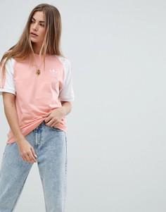 Розовая футболка с тремя полосками adidas Originals - Розовый