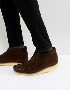 Коричневые замшевые ботинки Clarks Originals - Коричневый