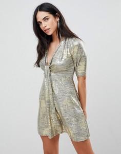 Платье металлик с перекрученной отделкой AX Paris - Золотой