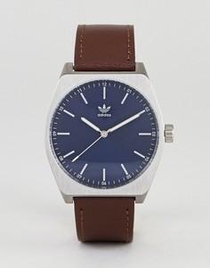 Часы с коричневым кожаным ремешком Adidas Z05 Process - Коричневый