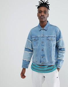 Фестивальная выбеленная джинсовая oversize-куртка с бахромой на рукавах ASOS DESIGN - Синий