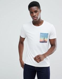 Футболка с принтом города на кармане Esprit - Белый