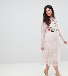 Приталенное платье из кружева с вышивкой Frock And Frill Plus Premium - Розовый