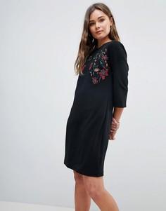 Платье-трапеция с вышивкой QED London - Черный