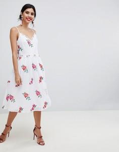 Пышное приталенное платье для выпускного с вышивкой Little Mistress - Мульти