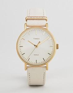 Часы с кожаным ремешком Timex TW2R70500 Fairfield - Белый