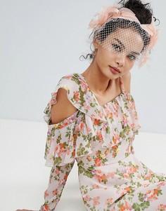 Броская повязка на голову с вуалеткой ASOS DESIGN - Розовый