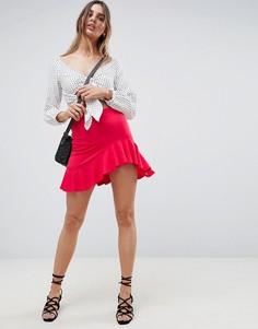 Мини-юбка с асимметричным краем и оборкой ASOS DESIGN - Красный