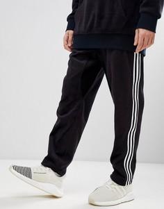 Суженные книзу джоггеры из черного велюра adidas Originals adicolor CY3544 - Черный