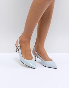 Туфли на каблуке-рюмочка с ремешком на пятке Carvela - Синий