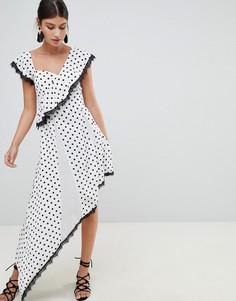Асимметричное платье в горошек Boohoo - Белый