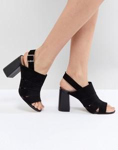 Туфли на среднем каблуке с вырезом Forever New - Черный