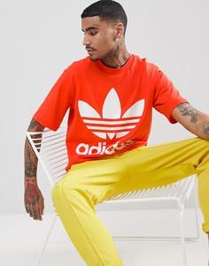 Красная свободная футболка adidas Originals adicolor CW1213 - Красный
