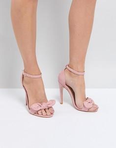 Босоножки на каблуке с бантами Truffle Collection - Розовый