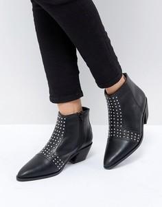 Ботинки на каблуке с заклепками St Sana - Черный