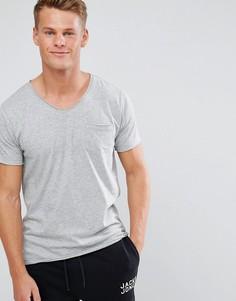 Базовая футболка с V-образным вырезом необработанными краями Brave Soul - Серый