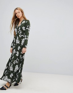 Платье макси с цветочным принтом и плиссированной юбкой Liquorish - Зеленый