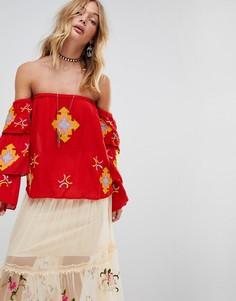 Топ-бандо с вышивкой и оборками на рукавах Rd & Koko - Красный
