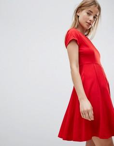 Короткое приталенное платье Louche - Красный