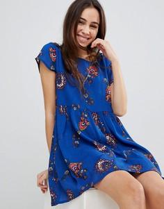 Платье с присборенной юбкой и цветочным принтом Brave Soul - Синий