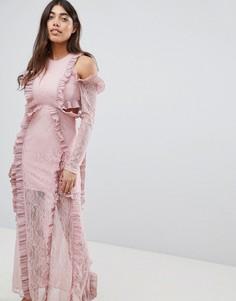 Платье макси с оборками и открытыми плечами Glamorous - Розовый