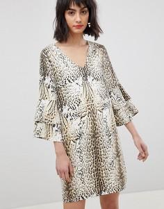 Платье с леопардовым принтом и ярусными рукавами Vero Moda - Мульти