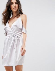 Атласное платье с запахом и поясом Oh My Love - Серебряный