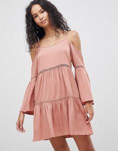 Платье с вырезами на плечах Glamorous - Бежевый