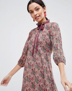 384e3b34bb2 Платье А-силуэта с длинными рукавами и принтом Traffic People - Красный