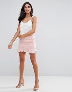 Розовая мини-юбка из искусственной замши с оборкой AX Paris - Розовый