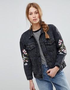 Джинсовая куртка с вышивкой QED London - Черный