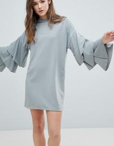 Платье с ярусными рукавами Glamorous - Серый