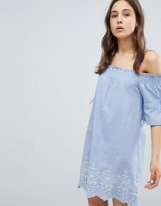 Платье с открытыми плечами, присборенными рукавами и вышивкой Influence - Синий