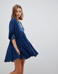 Платье мини с вышивкой Free People Kalypso - Синий