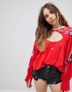 Блузка с вышивкой Free People - Красный